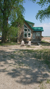 BEAUTIFUL NEWER LAKEFRONT HOUSE FOR SUMMER & FALL RENTAL