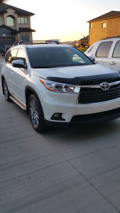 2015 Toyota Highlander XLE *Only 19,000 kms!