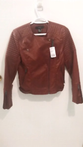 NEW WITH TAGS FOREVER 21 WOMEN JACKET