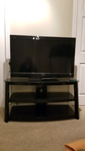 """40"""" Sony Bravia LED TV and Black Glass Stand"""