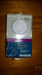 Reebok RB5298WH Inview Digital Pedometer (White)
