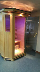 REDUCED FROM $1700_INFRARED ROYAL SAUNA