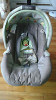 Graco Car seat only $45.............sold