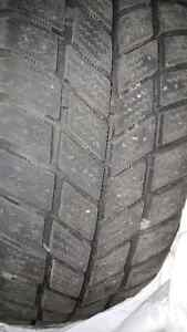 WINTER TIRES EXCELLENT CONDITION WITH RIMS NEGOTIABLE West Island Greater Montréal image 4