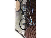 Specialized cross trail road bike with hydraulic brakes worth 560 new