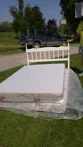 Double bed no frame
