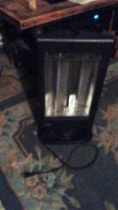 GARRISON HEATER 800W SEVERAL SETTINGS ALMOST NEW