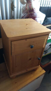 SOLID PINE ;  - SINGLE BED WITH HB AND FB - NIGHT TABLE -