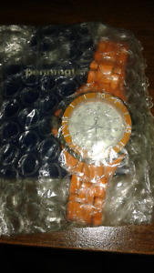 BRAND NEW IN PACKAGE LADIES WATCH