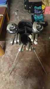 Golf clubs with carry bag Windsor Region Ontario image 2