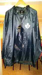 (NEW) Toronto Maple Leafs Rain Coat