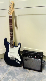 Stratocaster Electric Guitar +15 Watt Amp