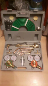 """ NEW "" Victor Style Cutting Torch and Welding Set"