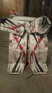 Brian goalie pads 33+1 glove and blocker