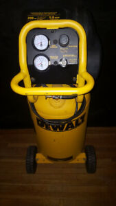 DeWalt Workshop Air compressor 15 Gallon/ 200 PSI