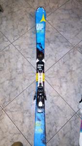 Ski alpin atomic 130 cm super état !!