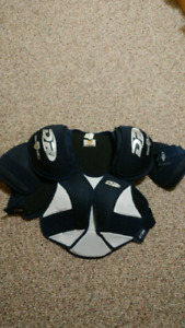 Hockey shoulder pads -womens