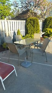 3 year old Patio Set