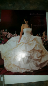 Wedding dress need gone ASAP