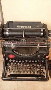 typewriter ANTIQUE - UNDERWOOD - in working condition