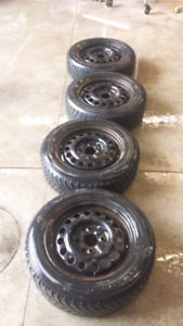 4 Hankook I pike 195/60 r15 88T winter tires with rims