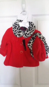New with tags. Adorable baby coat 3-6months