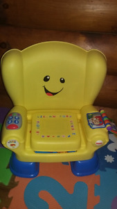 Chaise Fisher price interactive en parfait état
