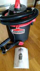 Almost New Wet / Dry Vacuum cleaner