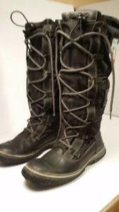 PAJAR - women boots - size 7 or 38