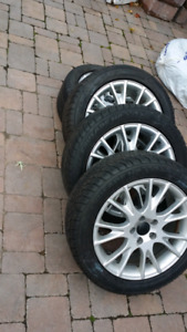 4 season tires with rims for Volvo S80.