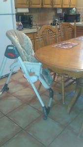 For sale HIGH CHAIR in BATHURST, EXCELLENT CONDITION $45