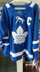 BRAND NEW WITH TAGS MENS TORONTO MAPLE LEAFS HOCKEY JERSEY