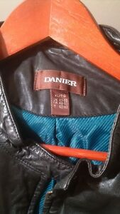 Danier Leather Jacket Cambridge Kitchener Area image 2