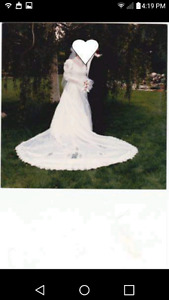 Alfred Angelo wedding dress ***NEED GONE***