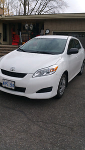 2012 While Toyota Matrix