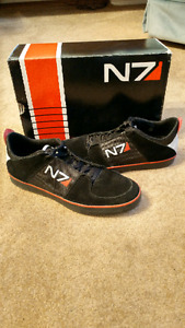 N7 Armour Stripe Sneaker - Mass Effect