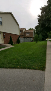 3bedroom,1.5bath Townhouse in white Oaks, Available now