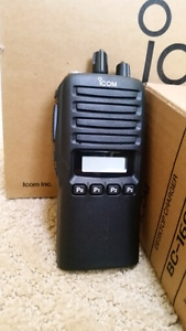 NEW Icom VHF portable radio