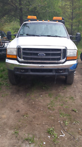 TOWING PLATEFORME FORD F550