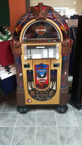 HARLEY DAVIDSON CD BUBBLER JUKEBOX  & PINBALL MACHINES & MORE