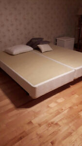 Base de lit King et de lit double