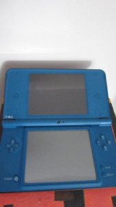 Nintendo DSi XL console (Extra Large Screens)