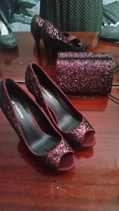Sequin heels Le Chateau size 7 and matching clutch