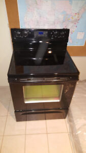 Whirlpool Glass top stove, very good condition! PRICE DROP