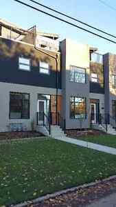 Allendale Triplex, DEVELOPER DIRECT NO CONDO FEES, AMAZING VALUE