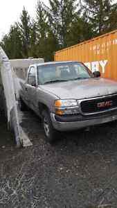 Gmc pick up truck for parts or road. Running West Island Greater Montréal image 2