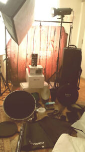 Brand new complete studio setup with travel case for a photograp