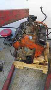 . Working SBC chevy 350 motor 3970010 casting