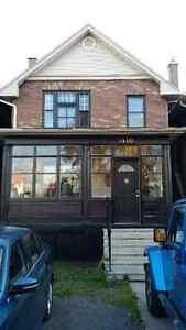 3 bedroom Victorian - 1410 Ridgeway St E