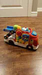 VTech Go! Go! Smart Wheels Deluxe Car Carrier